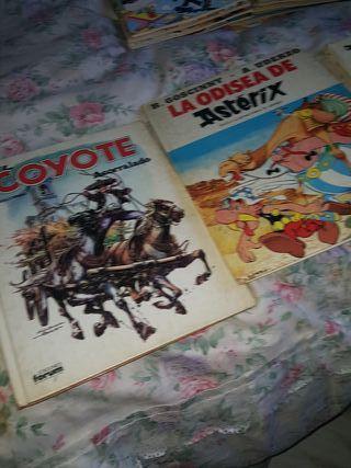 2 tebeos de Astérix y Obélix y uno del Coyote