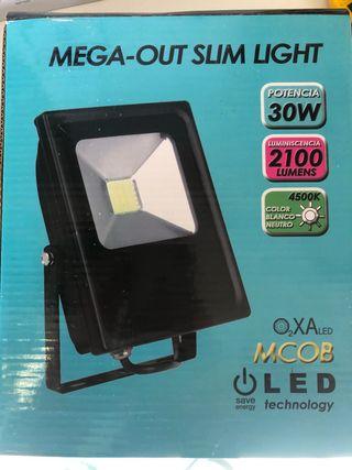 Proyector de led 30w nuevo en su caja