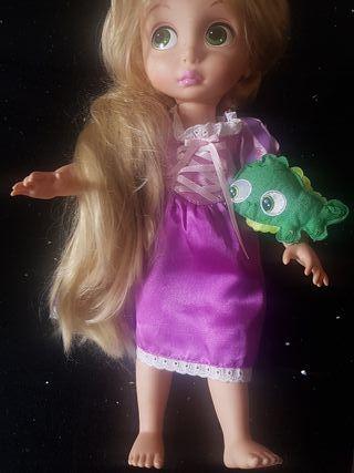 Muñecas princesas Rapunzel y Merida ( Brave)