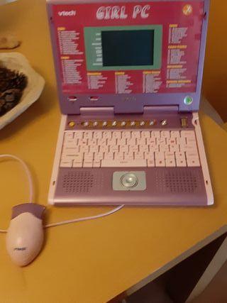 ordenador de juegos niña