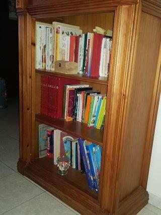 Librería y comedor buena madera