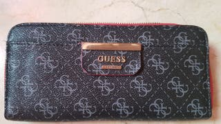 Cartera Guess logotio
