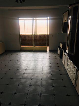 Venta piso Velilla San Antonio