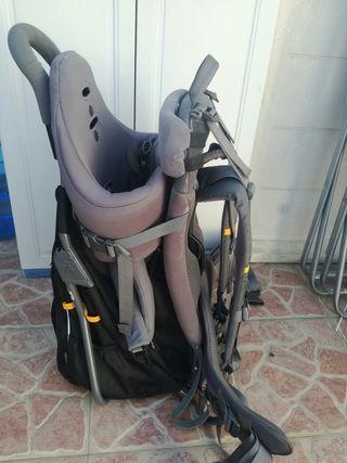 mochila portabebe montaña