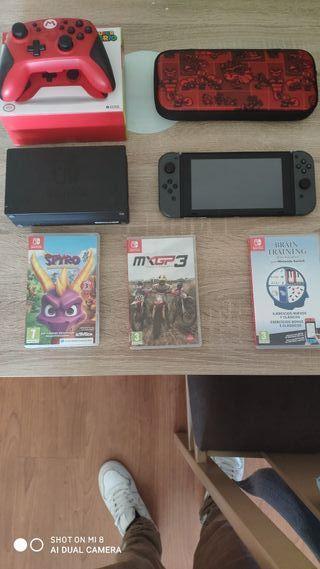 Nintendo switch + juegos + mando pro+ funda+ sd64g