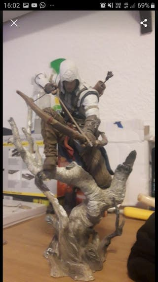 assassins creed figures