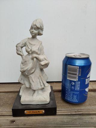 Figura escultura antigua cerámica G. Barbette