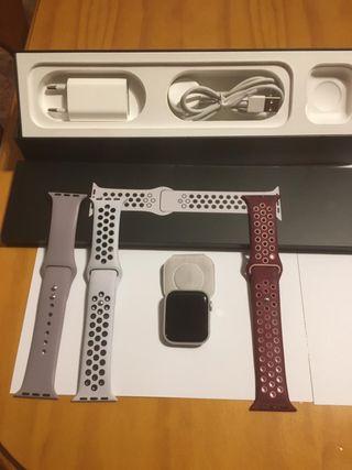 Apple Watch serie 4 (GPS + celular) 40 mm Nike