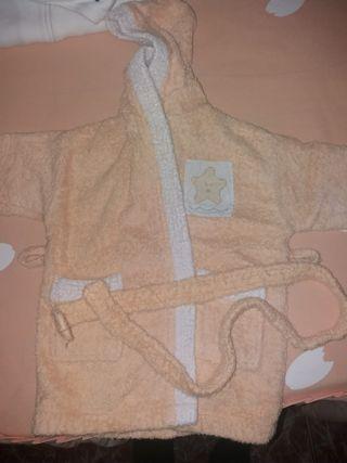 Albornoz con capucha 12- 18 meses