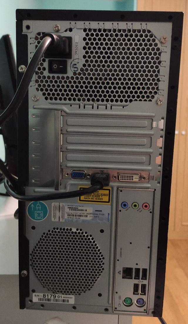 Medion Intel Core I3 3300 Mhz