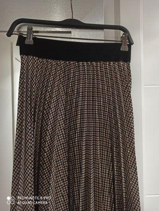 falda midi de mujer