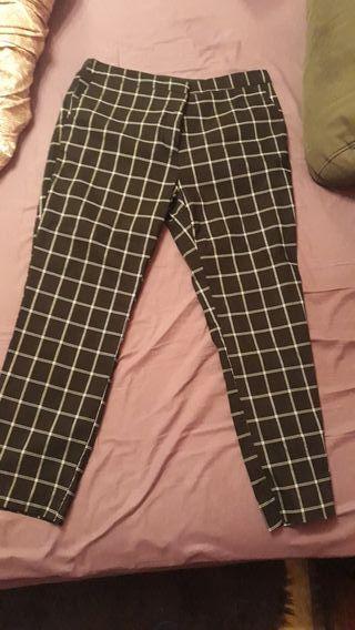 Pantalones rectos cuadros Zara