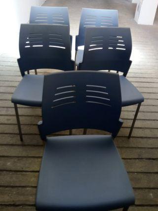 Se vende seis sillas dé oficina muy poco usadas