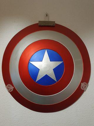 Escudo Capitán América 1:1 (Edición Limitada)