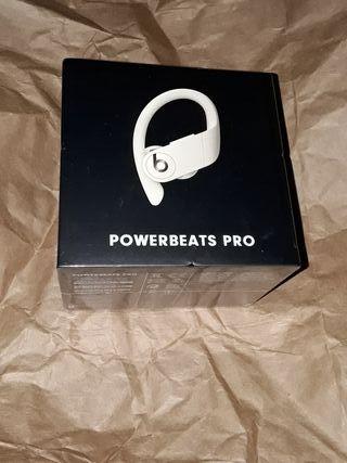 Auriculares Inalámbricos Power Beats Pro.