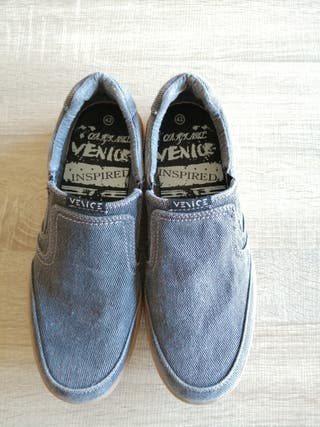 Zapatos informales de chico
