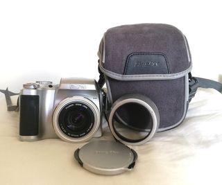 cámara de fotos digital Fujifilm S304