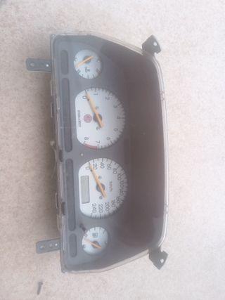 cuadro instrumentos mg zr 160 1.8 cuentakilometros