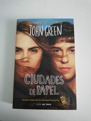 CIUDADES DE PAPEL - ISBN 9788415594642
