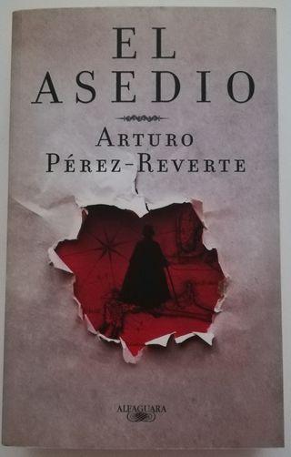 """""""EL ASEDIO"""" Arturo Pérez-Reverte"""