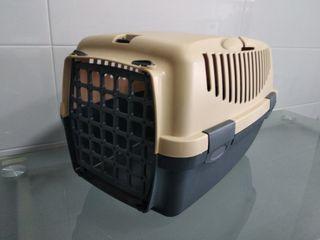 Transportín/jaula para perros y gatos nuevo