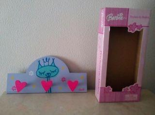 Percha de la Barbie