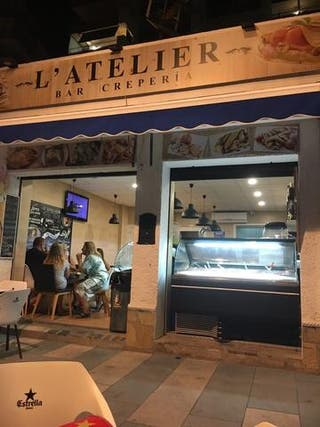 Traspaso Heladeria Cafeteria con Obrador
