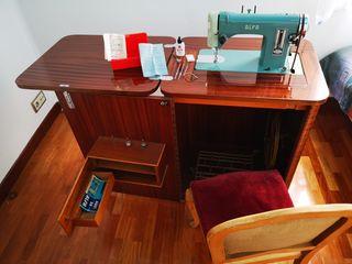 Maquina de coser Alfa De Luxe