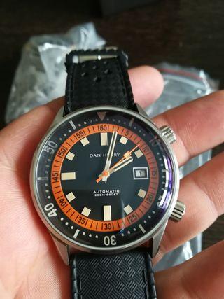 reloj Dan Henry