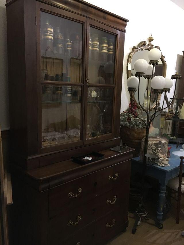 Alacena vitrina antigua