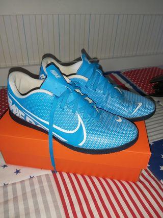Zapatos Futbol sala número 41