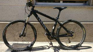 bicicleta CANYON montaña