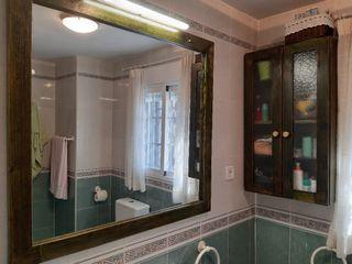 Espejo y armario baño rústico