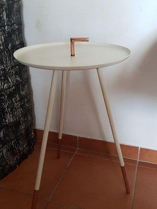 mesa auxiliar de diseño
