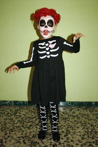 Vestido disfraz esqueleto H y M