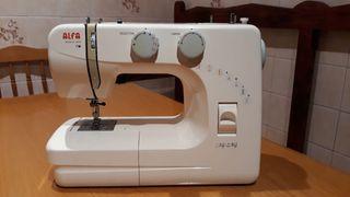 Máquina de coser Alfa 1203