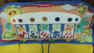 piano infantil , pataditas FISHER PRICE