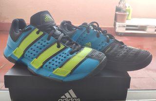 Bambas Adidas Court Stabil NUEVAS