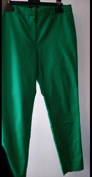 Pantalón verde de traje Caroll Paris