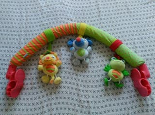 Arco de muñecos Saro