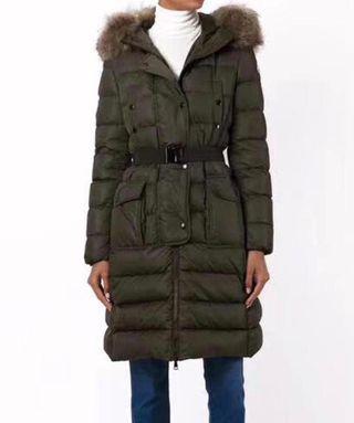 Abrigo negro invierno Moncler