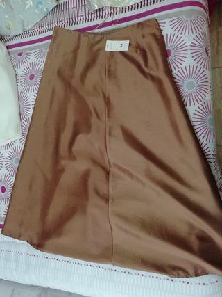 Falda larga marrón