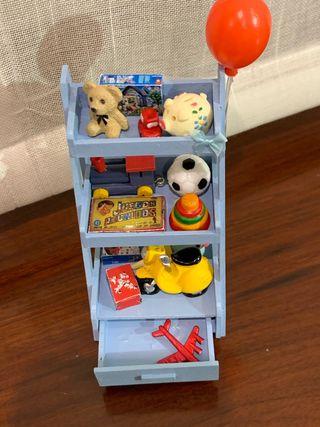 Estantería juguetes casa de muñecas 1:12