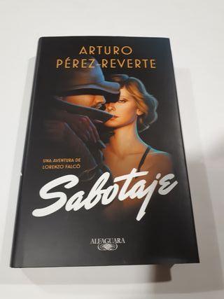 LIBRO ARTURO PEREZ -REVERTE