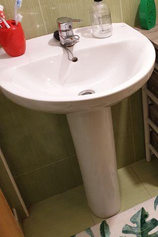lavabo Roca con pedestal