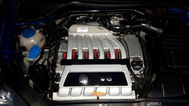 Volkswagen Golf R32 3.2 v6