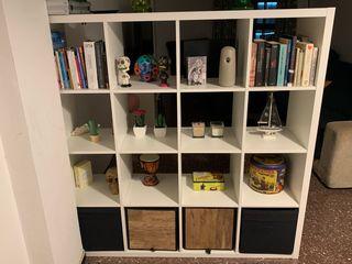 Librería 16 huecos + almacenaje