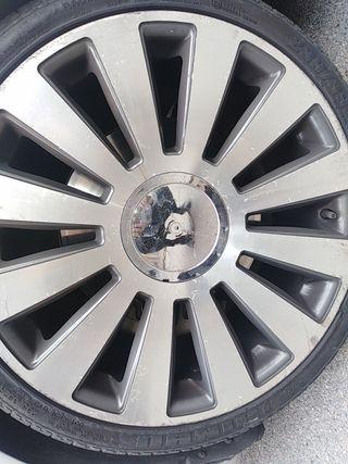 5 llanta Audi s8