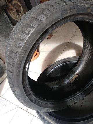 neumático 245/40/20 99v
