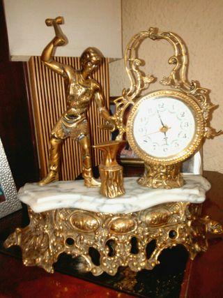 Reloj hierro